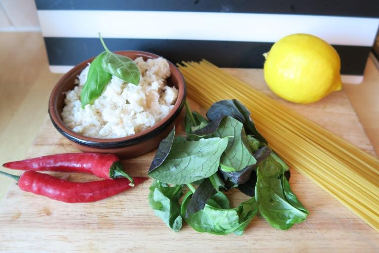 Chili Crab Linguine Ingredients